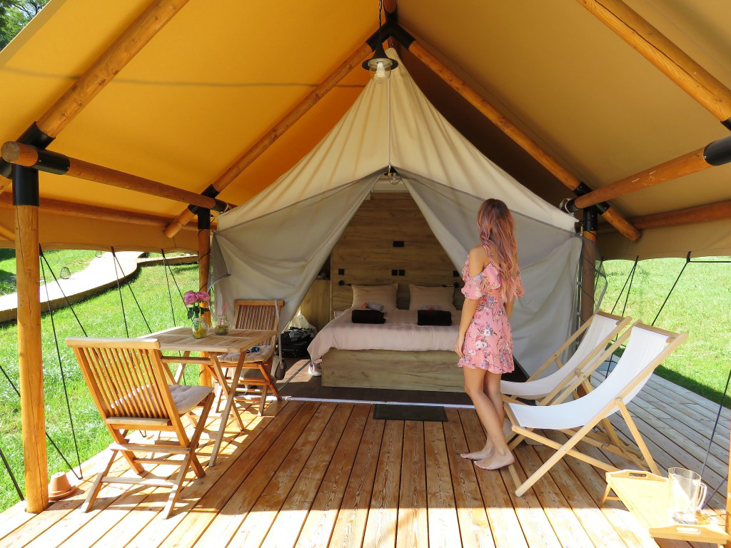 Chateau Ramšak šotor